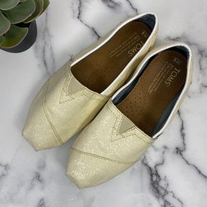 TOMS Classic Flats with Shimmer Size 6